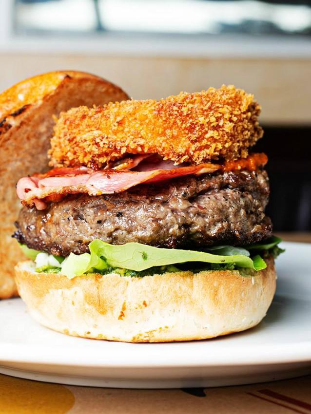 """ההמבורגר של מוזס, מקור: יח""""צ"""