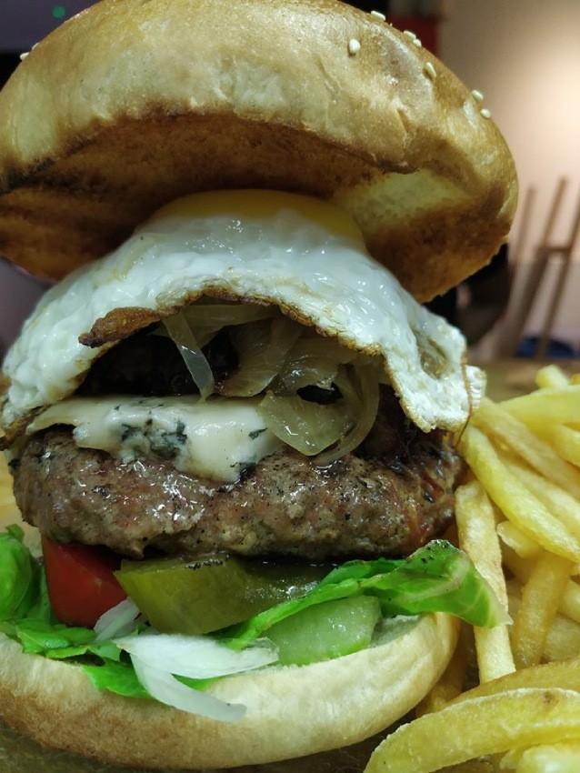ההמבורגר של אל פואבלו אניעם, מקור: יחצ