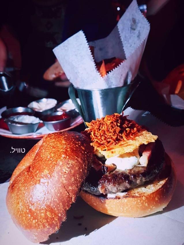 גורמה 26 תענוג ושמו המבורגר לה טרוף