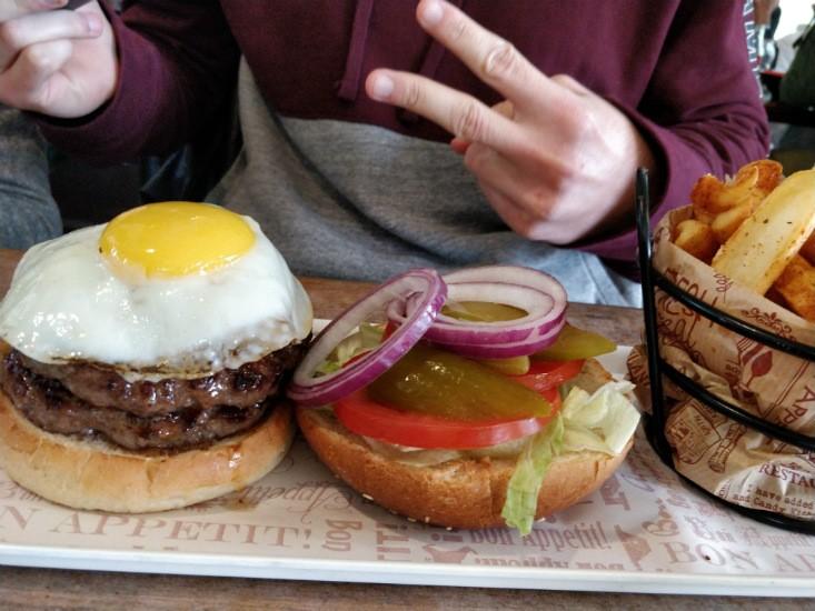 קציצה עגלגלה, המבורגר כשר בצפון