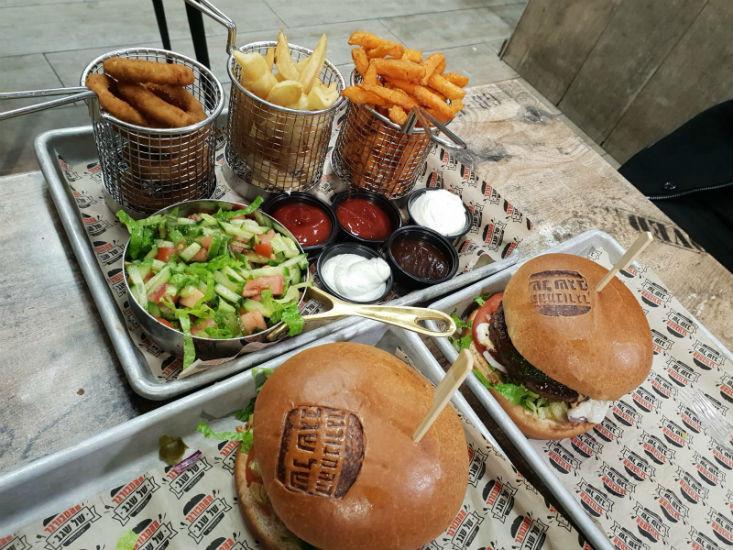 ארוחת המבורגר - ההמבורגר של שגב ירושלים