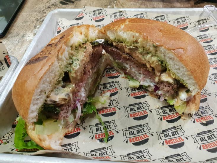 ההמבורגר של שגב ירושלים, המבורגר שגב מפנק