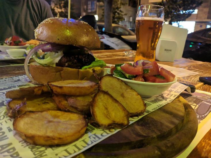 המבורגר ופוטאטוס - קראפט