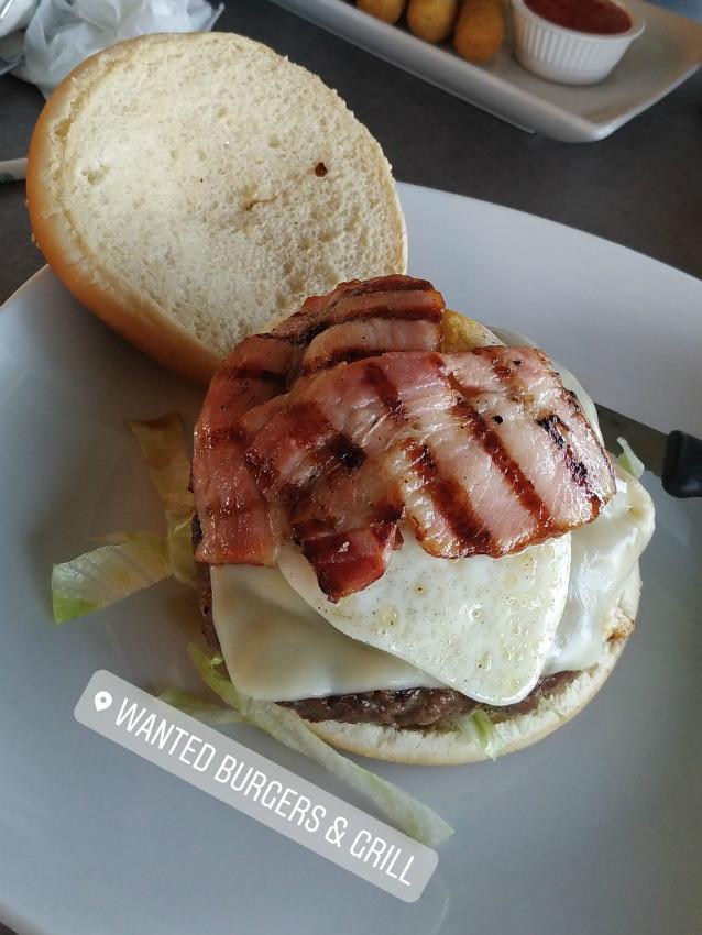 wanted burger לרנקה - מומלץ!