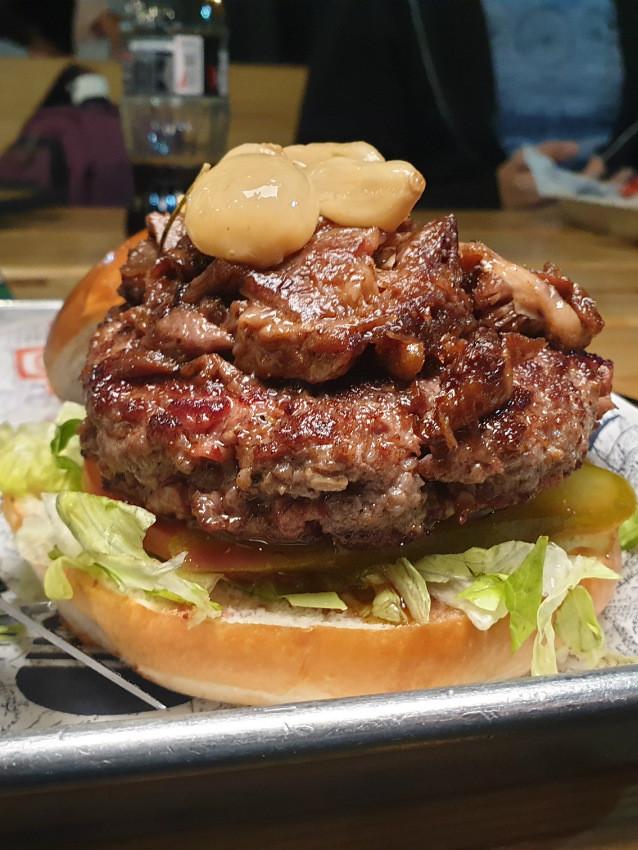 ההמבורגר המומלץ של כביש 90