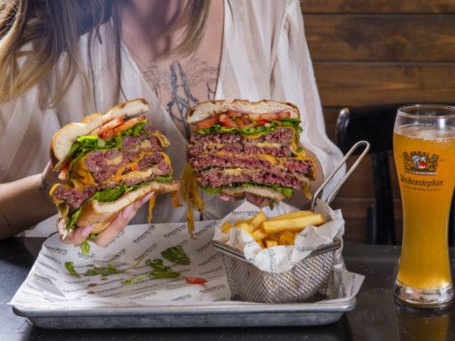 המבורגר מדהים באשדוד - סנסט