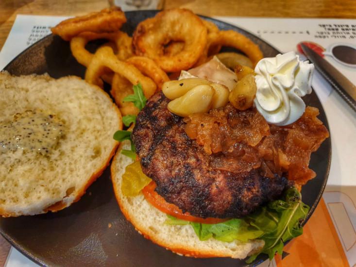 המבורגר הבוס, דיינר רוסה