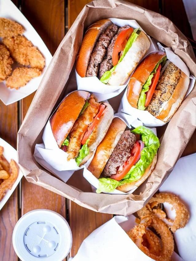 """ההמבורגרים של קפטן בורגר, מקור: יח""""צ"""