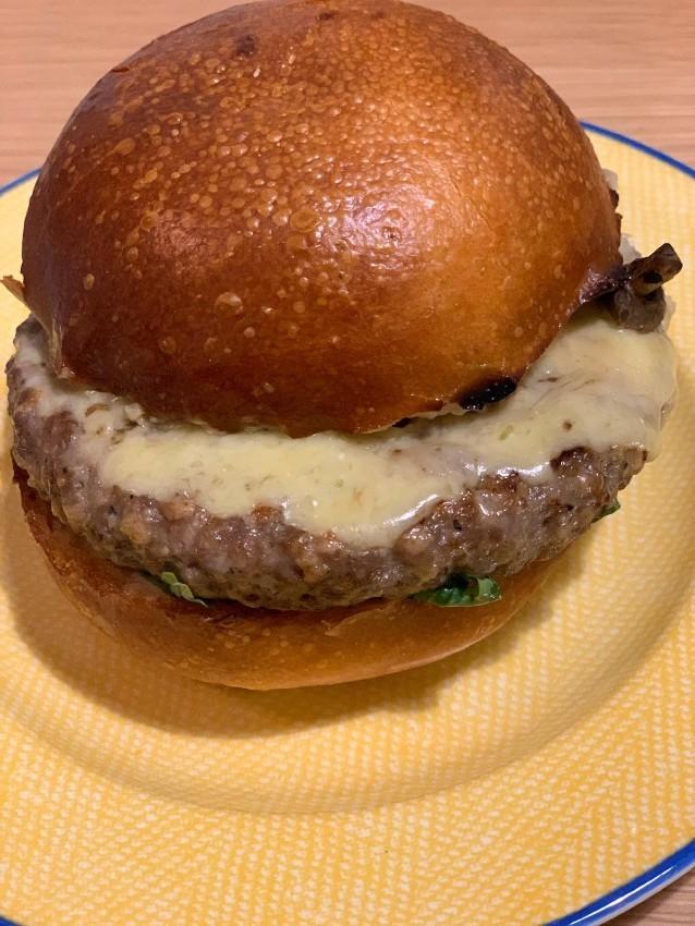 המבורגר קלאסי, גורמה 26, משלוח וולט