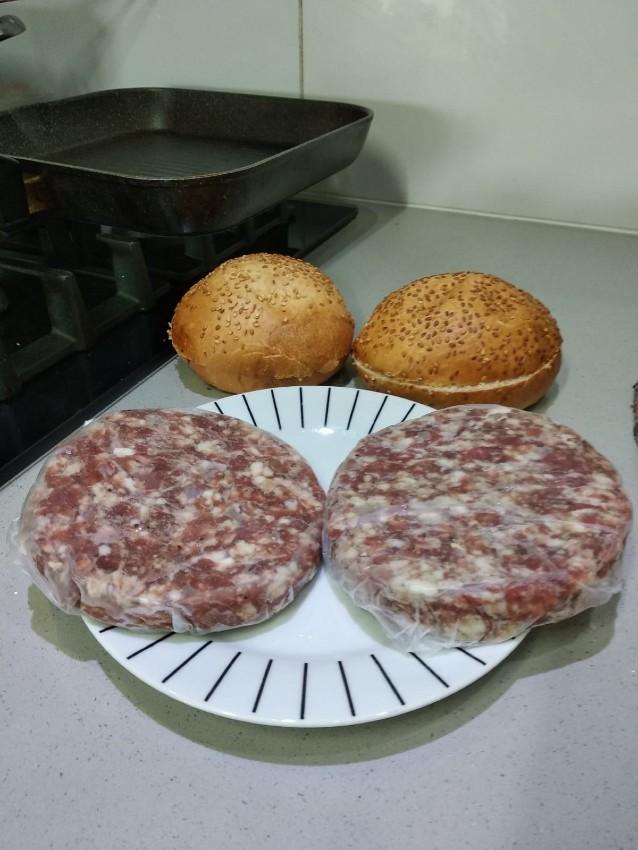 קציצות המבורגר של אנגוס