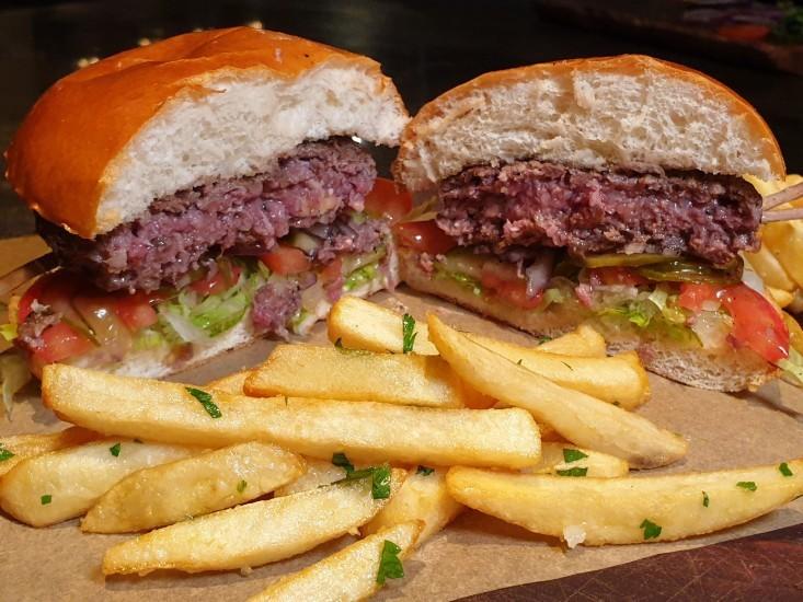 פיקניק חולון, המבורגר מטריף