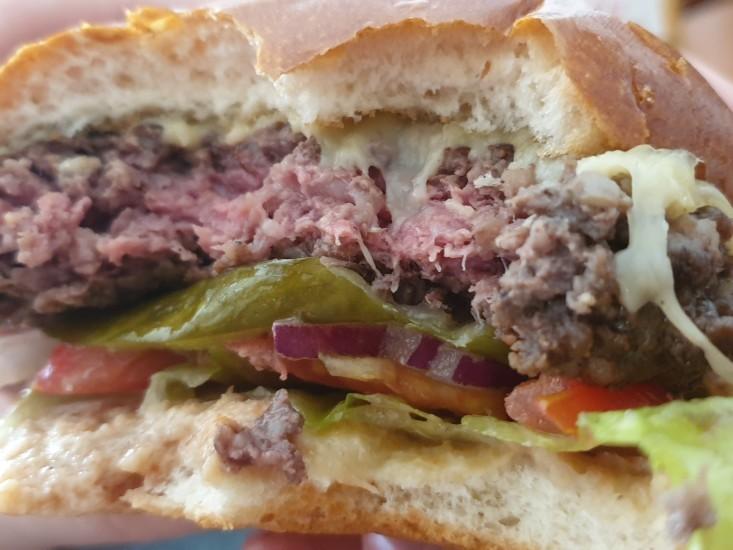 מיטבר בורגר, המבורגר במשלוח תןביס