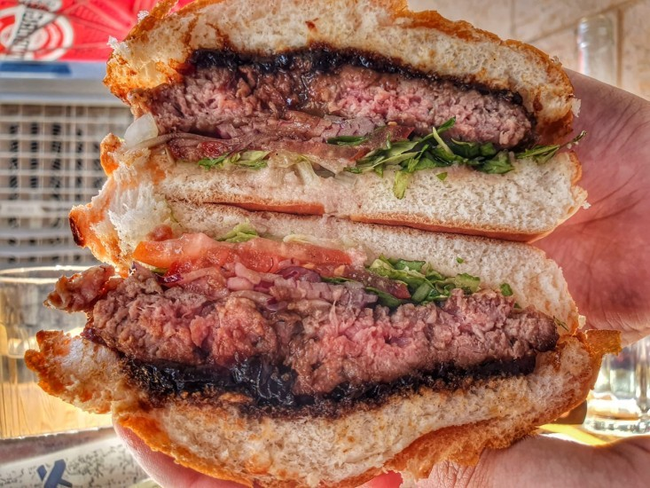 כביש 90 - המבורגר חצוי