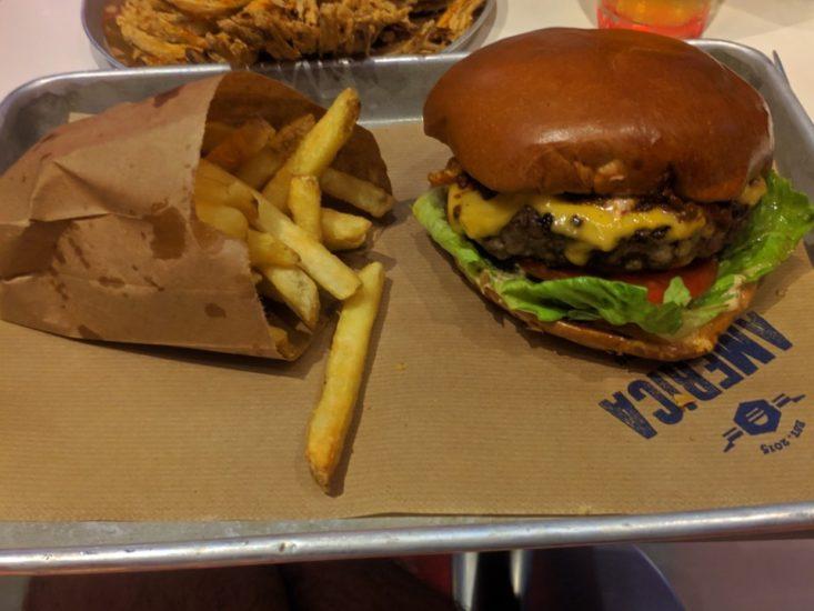 ההמבורגר של אמריקה בורגרס