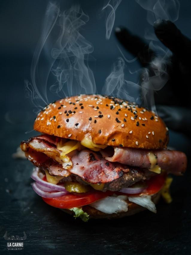"""לה קרנה, המבורגר כשר בפ""""ת, מקור: יח""""צ"""