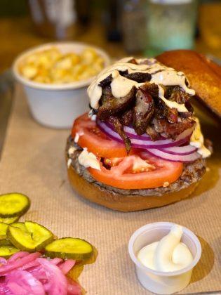 המבורגר אסאדו טקסס ברביקיו